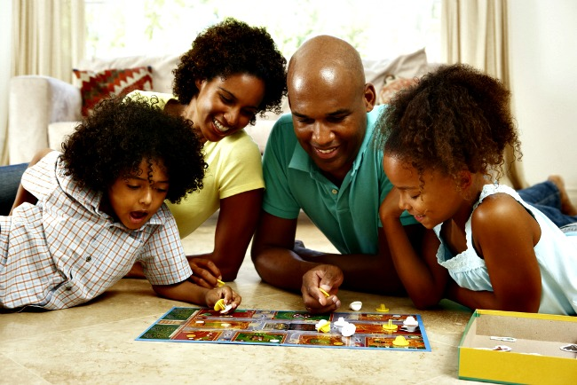 Spending time together as a family not only deepens the emotional bond between you and your child, but also plays an important role in your child's development. These 8 super fun activities are a great way to get some family bonding in and are sure to be a hit with you and your kids.